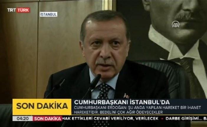"""Erdogan promete """"limpar"""" exército após """"ato de traição"""""""