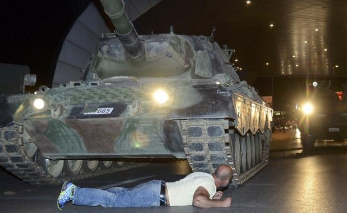 Golpe de Estado en Turquía: al menos 48 muertos, 17 de ellos policías tras la asonada militar