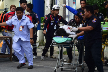 Thai resorts of Phuket and Hua Hin hit by deadly explosions