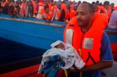 Thousands of migrants rescued off Libya