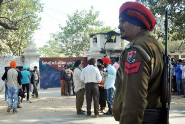 Armed men free top Sikh fighter in India prison break