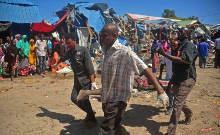 At least 8 killed as car bomb hits Mogadishu market