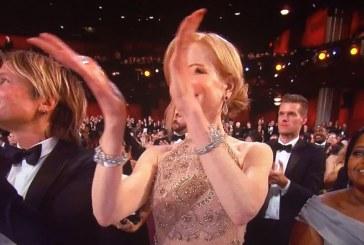 Oscars 2017: Nicole Kidman's weird hand clapping