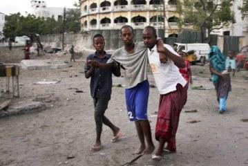 Car bomb kills five near presidential palace in Somali capital