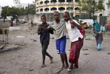 Car bomb kills five near presidential palace in Somali capital