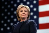 Hillary Clinton 'apologised to Barack Obama for losing the election