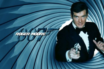 "Sir Roger Moore ""James Bond"" dies age 89 after battle with cancer"