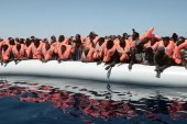 1,000 asylum seekers stranded in the Mediterranean