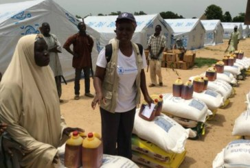 Two Nigerian officials jailed for selling food aid