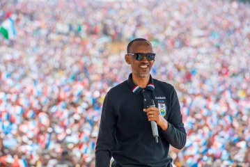 Paul Kagame: -RPF Chairman Kagame campaigning in Rusizi.