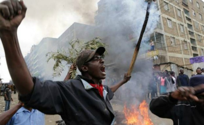 Kenya elections: No final result tonight and one dead' in Nairobi protest