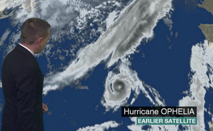 Hurricane Ophelia strengthens before storm reaches UK