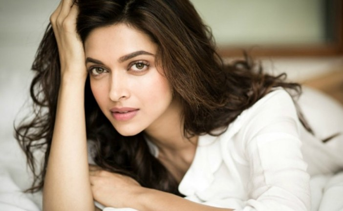 Indian Politician puts bounty on Bollywood Deepika Padukone's head