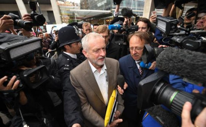 Jeremy Corbyn will be on Labour leadership ballot, NEC rules