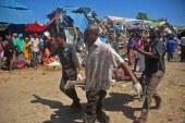At least 8 killed as car bomb hits Mogadishu market