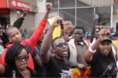 """Kenya : """"guerriers du clavier"""" et citoyens manifestent contre la corruption"""