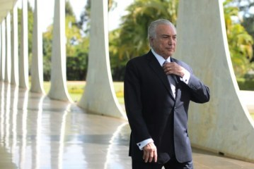 'Ghosts' drive Brazil's president from residence