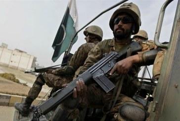 Pakistani Taliban leader Ehsanullah Ehsan 'surrenders'