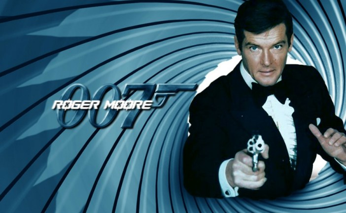 """Sir Roger Moore """"James Bond"""" dies age 89 after battle with cancer"""