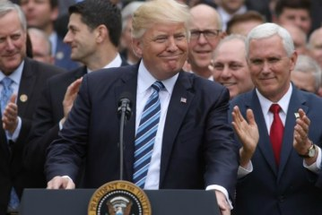 US House narrowly backs new Republican healthcare bill