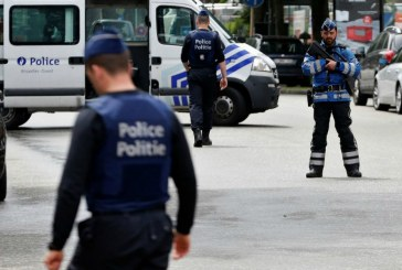 Belgium: Brussels police shoot at car 'full of explosives' in Molenbeek
