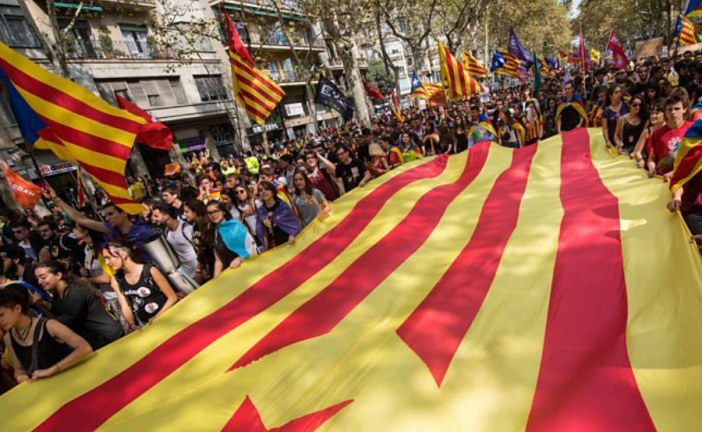 Spain PM Rajoy demands direct rule over Catalan