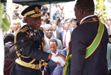 Zimbabwe police back on patrol