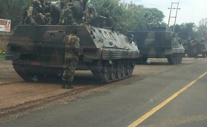 Zimbabwe: Head of armed forces would step in to end Mugabe's political cleansing